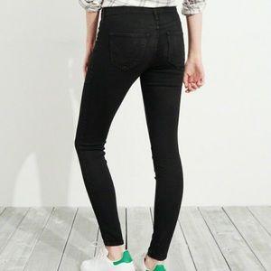 Hollister black acid wash skinny jeans - 3 short